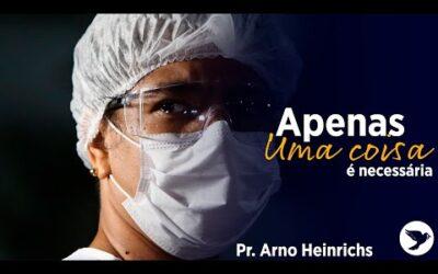 Uma coisa – Arno Heinrichs